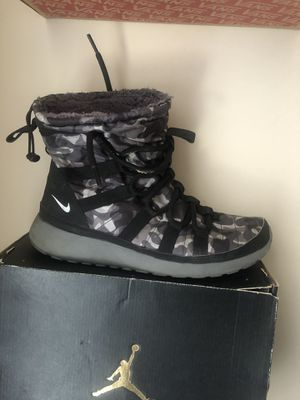 Nike snow boots for Sale in Philadelphia, PA
