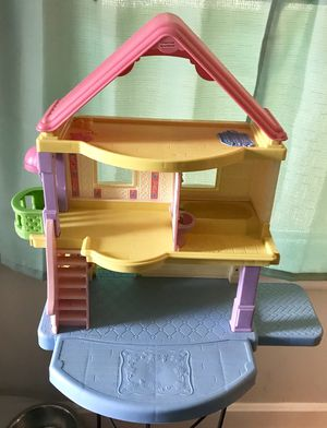 Plastic fisher price house toy (1 piece) for Sale in Raleigh, NC