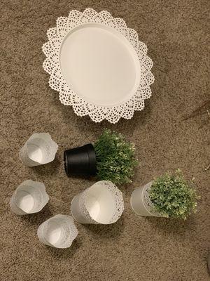 White lace metal decor for Sale in Acworth, GA