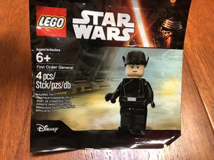 Lego Star Wars First Order General (Hux) for Sale in Los Angeles, CA