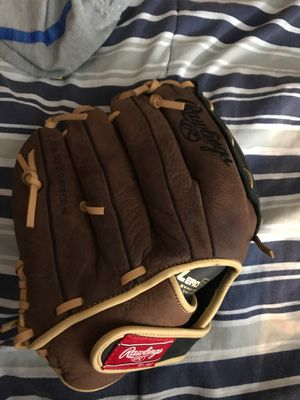Baseball glove for Sale in Federal Heights, CO