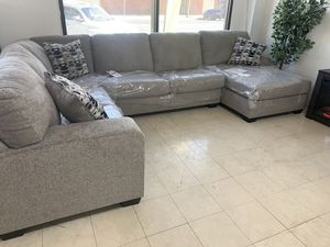 Sectional sofa U-shaped Take it home today Romeo's Furniture downtown Madera for Sale in Madera, CA