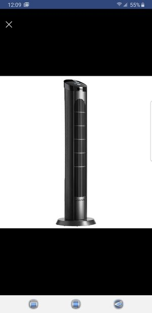 """40"""" 4 Speed Oscillating Tower Fan w/Remote for Sale in Canton, MI"""
