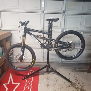 Downhill/freeride/allmountain bike for Sale in San Diego, CA