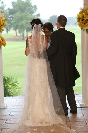 Maggie sottero vintage wedding dress for Sale in Kissimmee, FL