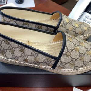 GUCCI BEE 🐝 WOMENS SLIDES for Sale in Brick Township, NJ