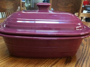 Pampered chef covered baker for Sale in Manassas, VA