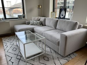 White and glass coffee table for Sale in New York, NY