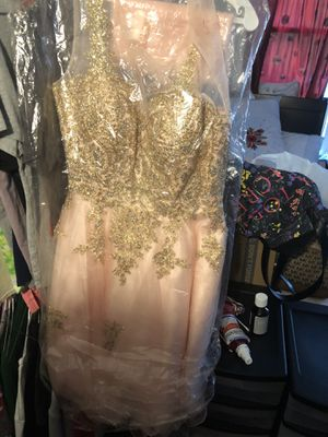 dress for Sale in Milwaukee, WI