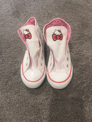 Girls Hello Kitty Converse for Sale in Moreno Valley, CA