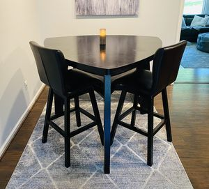 4 piece dining table set for Sale in Laurel, MD