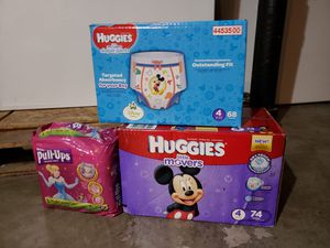 Huggies diapers for Sale in Oshkosh, WI