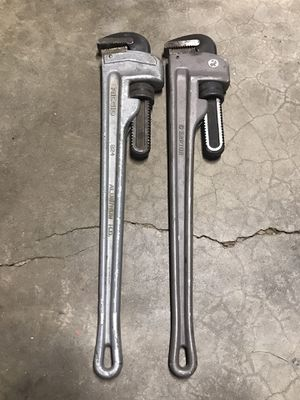 """24"""" pipe wrenches for Sale in Greer, SC"""