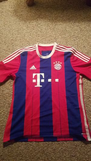 FC Bayern Home Jersey (XL) for Sale in Germantown, MD
