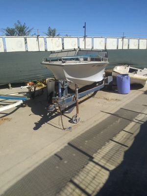 Sea Ray 17' inboard boat & trailer for Sale in Riverside, CA
