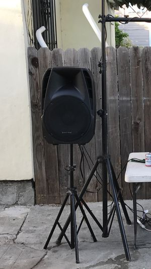 Powered speakers for Sale in Alameda, CA
