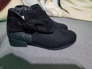 Black microfiber boots size 3 Girls for Sale in Elsa, TX