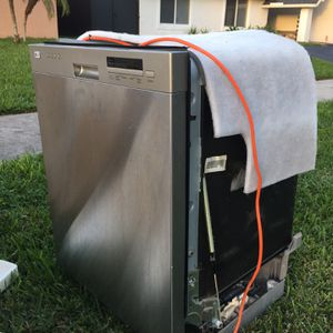 Dishwasher Lg for Sale in Miami Gardens, FL