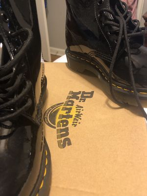 Women size 7, Dr Martens boot for Sale in The Bronx, NY
