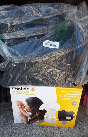 Medela pump in style advanced on the Go Tote used Normal not in box location Bonanza 14th for Sale in Las Vegas, NV