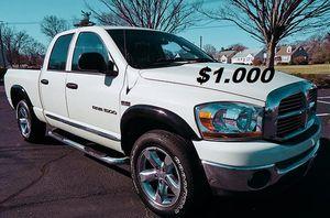 🌸$1,OOO Selling my 2006 Dodge Ram 1500 SLT.🌸 for Sale in Fresno, CA