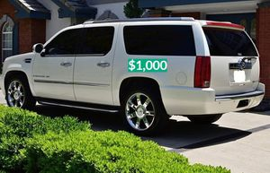 💲1OOO 2OO8 Cadillac Escalade Clean for Sale in New Haven, CT