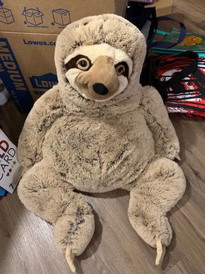 Giant Sloth stuffed animal for Sale in Conroe, TX