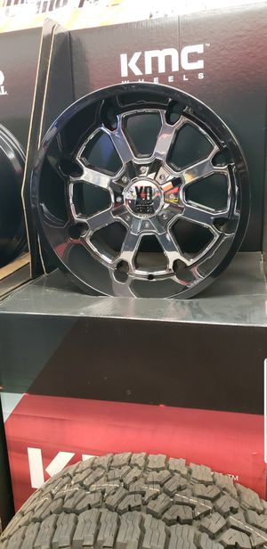 "Brand New 20x12 Wheels.. Gloss Black Lip & Chrome Center Wheels. Name Brand ""XD SERIES""-5 & 8 Lug for Sale in Fresno, CA"