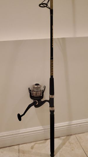 Saltwater Fishing Rod Pole and Reel with Tackle Box for Sale in Davie, FL
