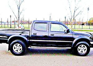 ֆ14OO 4WD Toyota Tacoma 4WD for Sale in La Puente, CA