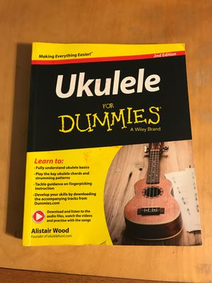 Ukulele for dummies book for Sale in Lodi, CA