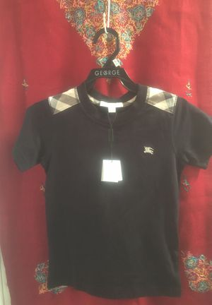Authentic kids burberry navy t-shirt 6y for Sale in Miami, FL