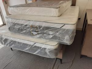 full mattress with boxspring for Sale in Compton, CA