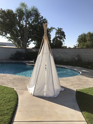 Huge Teepee tent for kids come with light for Sale in Bakersfield, CA