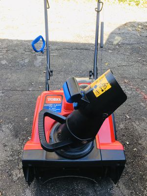 TORO POWER CLEAR 418ZE JUST BEEN TUNED START AT FIRST PULL OR ELECTRIC START for Sale in Westmont, IL
