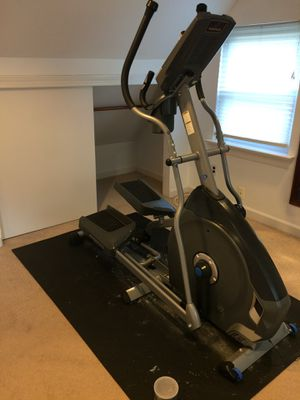 Nautilus E614 Elliptical for Sale in Silver Spring, MD