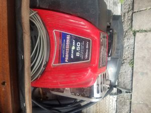 Pressure washer for Sale in Miami, FL