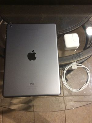Apple iPad Air 1st Generation 32GB for Sale in Queens, NY