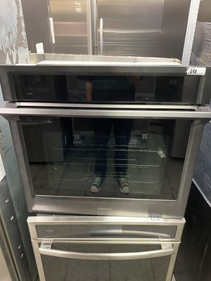 Grey Stainless Steel Samsung Oven $650 for Sale in Irvine, CA