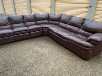 Beautiful Brown Leather Sectional for Sale in Euless,  TX