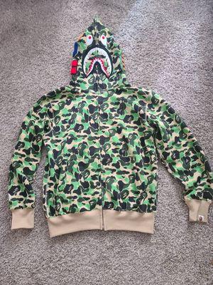 Bape hoodie camo ( L) for Sale in Glen Burnie, MD