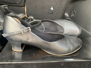 """Theatrical Footwear Character Dance Shoes, 2"""" hill, black, size 8 for Sale in River Forest, IL"""