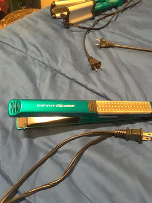 Infiniti PRO.conair hair straightener for Sale in North Fort Myers, FL