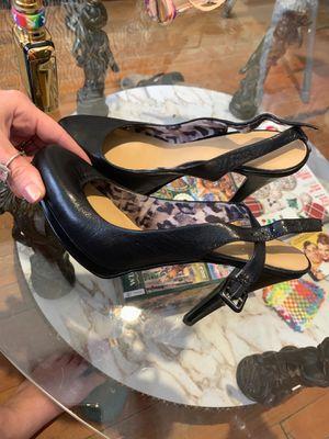 Black heels 6 1/2 for Sale in St. Petersburg, FL