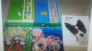 5 bks age 7+ magic tree house for Sale in Warren, MI