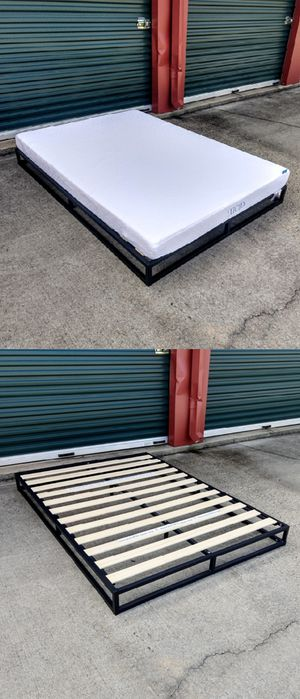 Full-Size Gel / Memory Foam Mattress & Platform Bed Frame for Sale in Durham, NC