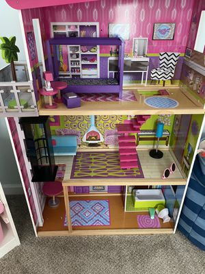 ***Doll / Barbie House ***** for Sale in Kennesaw, GA