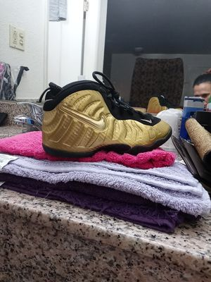 Nike Air Foamposite Youth Shoes for Sale in Ooltewah, TN