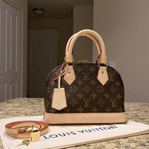 Louis Vuitton Cross Body Bag for Sale in Pompano Beach, FL
