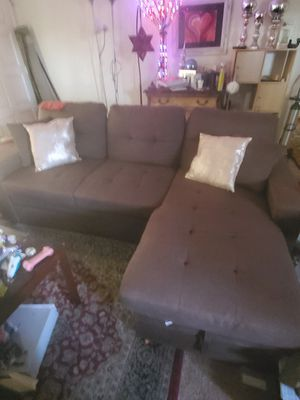 brown couch. its 5 months old for Sale in Hemet, CA